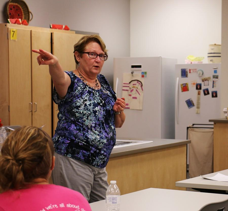 Mrs. Nading directing her 6th mod Sports Nutrition class.