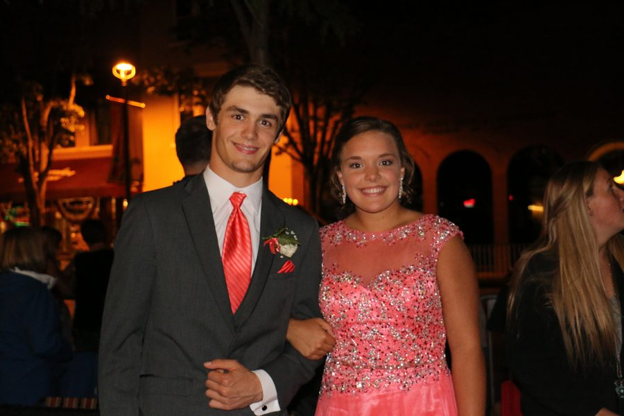 Juniors Luke Hostelter and Seena Greiwe pose for a photo.