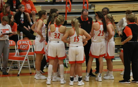 Girl's Basketball: One Team One Goal