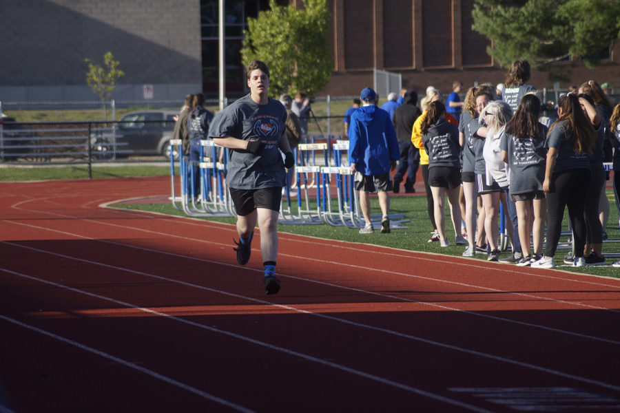Douglas Jones gets ready to cross the finish line in the 400.