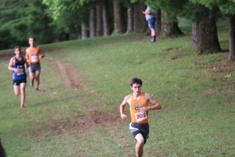 Boys Cross Country Starts the Year Off Strong