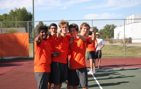 Boys Tennis Defeated by Greensburg