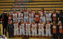 The East Womens Basketball team posses for a photo.